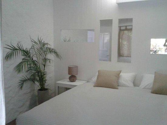 Hotel Vela Bar : Habitación