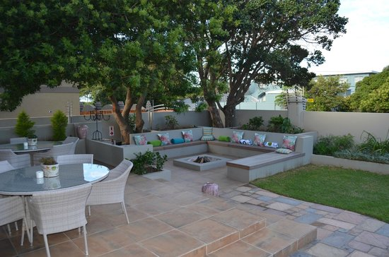 Mandyville Hotel: Patio / Braai Area