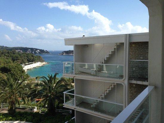 Amfora Hvar Grand Beach Resort: The Amfora's idea of a superior room with a sea view