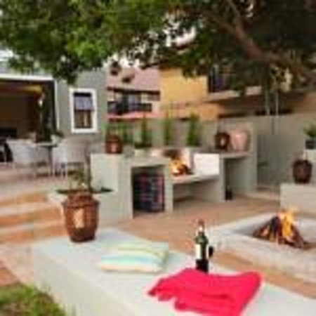 Mandyville Hotel : Outside Braai Area