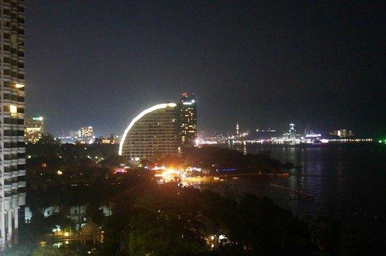 Pullman Pattaya Hotel G: Vue sur Pattaya