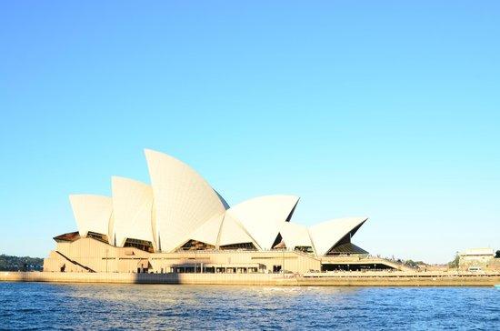 Watson's Bay: Opera House Side View