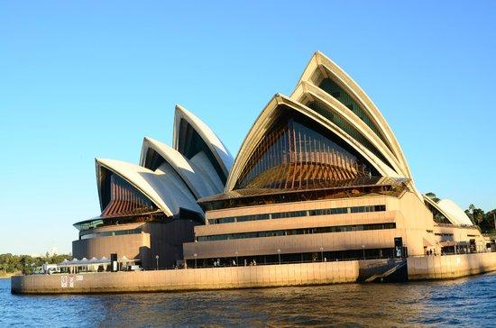 Watson's Bay: Opera House Front View