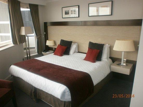 Mercure Liverpool Atlantic Tower Hotel: Room 422