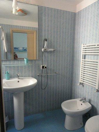 B&B Quattro Palazzi: En-suite bathroom