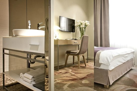 Jump INN Hotel Belgrade: City room