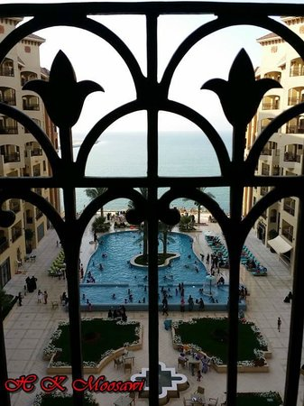 Marjan Island Resort & Spa: pool view