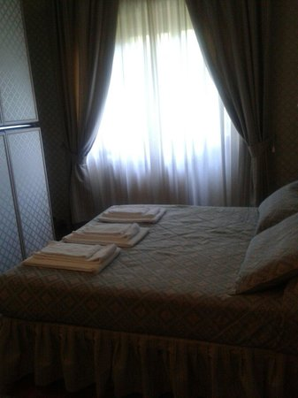 Aurelia Residence San Pietro: Quarto