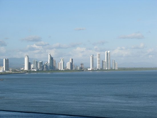 Trump International Hotel & Tower Panama: View from Infinity poo_1