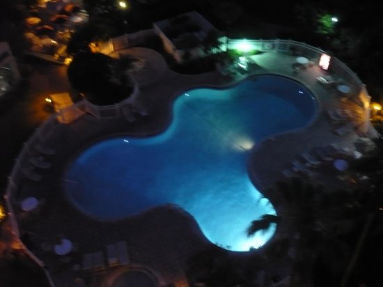 The Enclave Hotel & Suites : the pool from our room