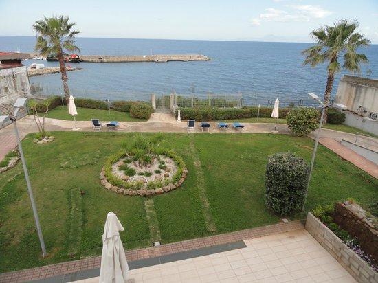 Hotel Mareluna: View from balcony