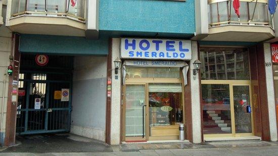 Hotel Smeraldo : Hoteleingang