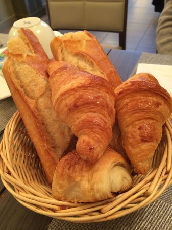 Hotel Longchamp Elysees: Breakfast