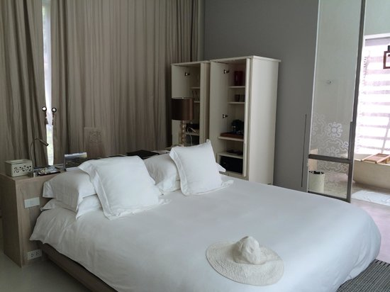 SALA Phuket Resort & Spa: Comfy bed