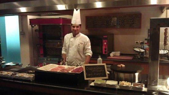 Mövenpick Hotel Deira: Chef Farhan