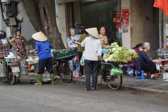 Hanoi Street Food Tour: Auf den Straßen