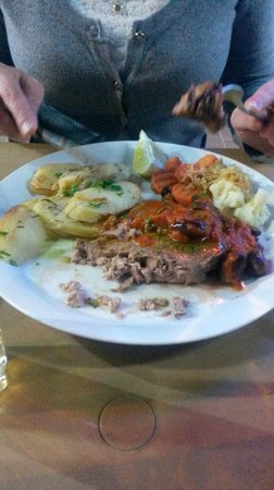 Vinnie's Restaurant Pizzeria & Take Away: Fresh Tuna Steak