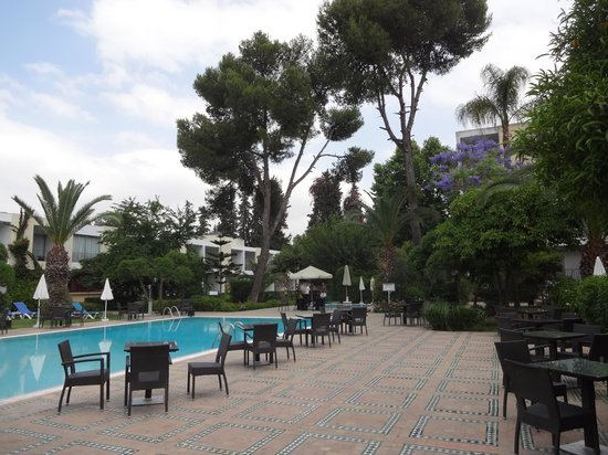 Hotel Volubilis : nice pool area to relax