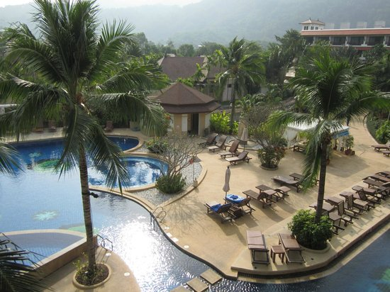Alpina Phuket Nalina Resort & Spa : プール