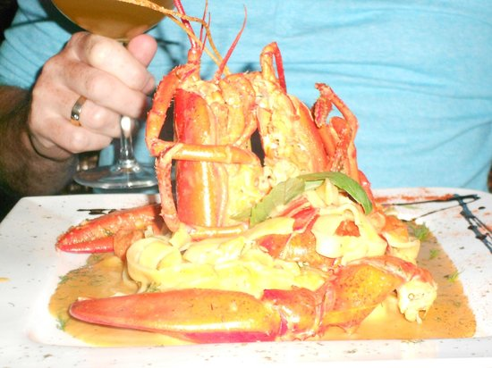 Electra Wine Bar & Tapas: Tagliatelle with lobster