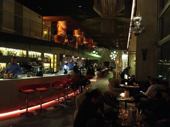 Room Mate Aitana: The bar area