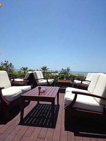 Gloria Verde Resort: Бар на пляже