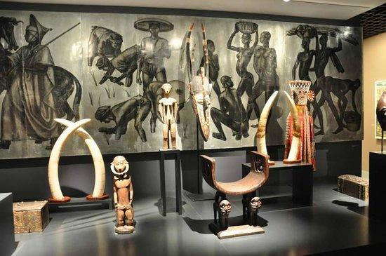 Musée d'Aquitaine : Africa display
