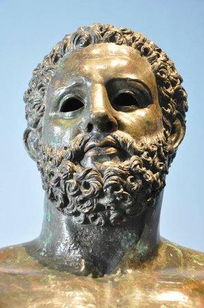Musée d'Aquitaine : Statue of Hercules