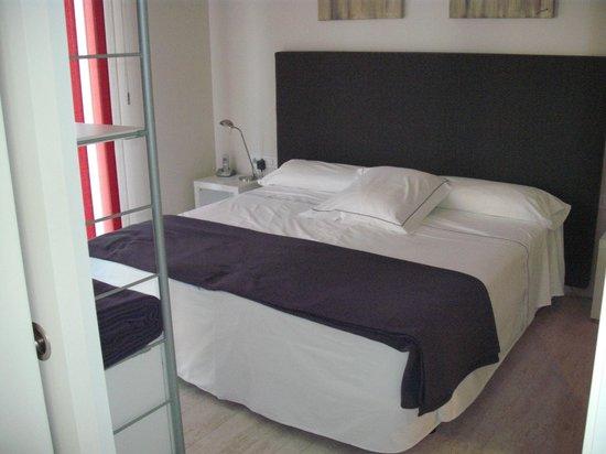 The Urban Suites : Bedroom