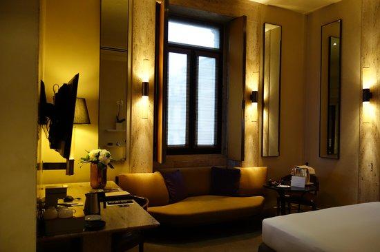 Park Hyatt Milan: King room
