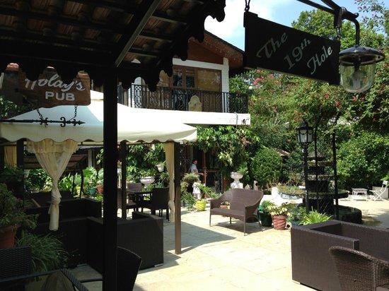 Vishranti - A Doon Valley Jungle Retreat: Bar