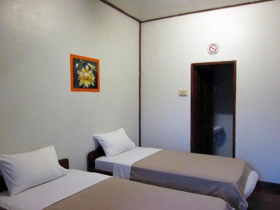 Monsovanh Guesthouse: 部屋