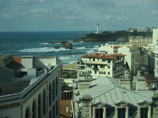 Mercure Le President Biarritz Centre : Across the city to La Grande Plage