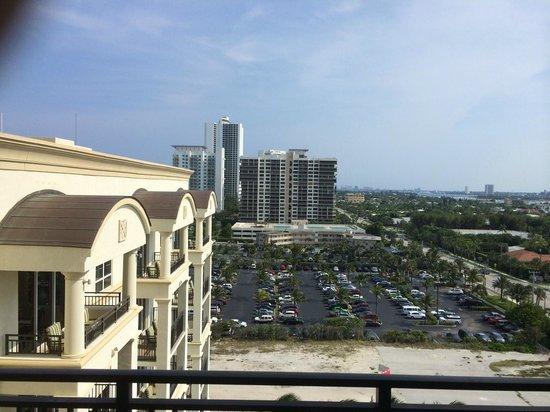 Palm Beach Marriott Singer Island Beach Resort & Spa : Our ocean view !