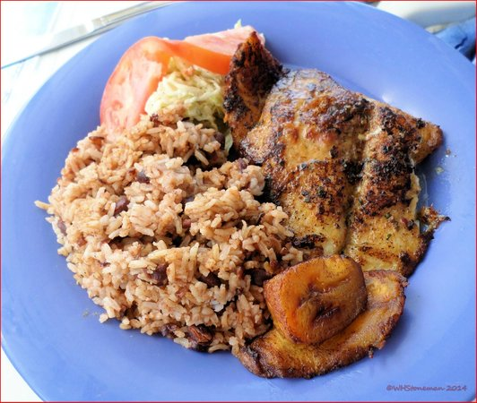 Paradise Seaside Grill: Blackened Snapper with Rice