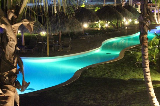 night time picture of breathless punta cana resort spa. Black Bedroom Furniture Sets. Home Design Ideas