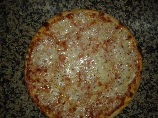 Mamma Mia Ristorante Italiano: mamma mi margarita pizza