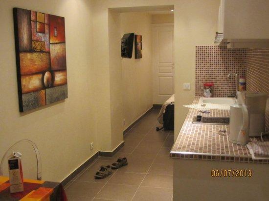 Hotel Le Florian : Аппартаменты на первом этаже