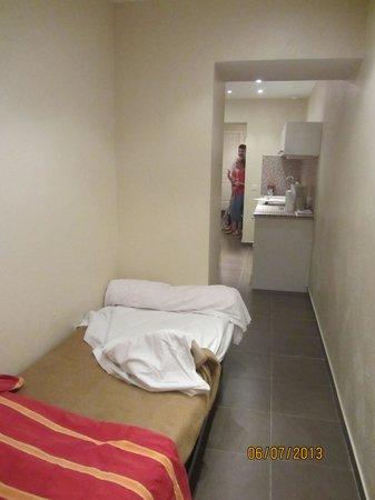 Hotel Le Florian : дополнительная кровать