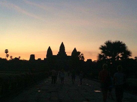 Baby Elephant Boutique Hotel: Angkor wat sunrise