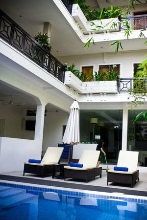 Omana Hotel: Very nice relaxing poolarea