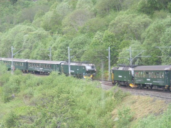 The Flam Railway : The passing loop at Bremsdal