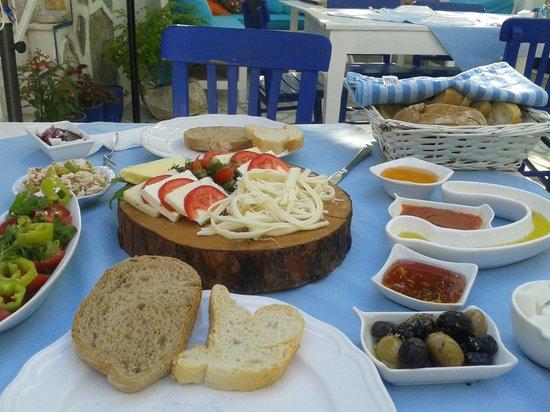 Bodrum Sade Pansiyon: Frühstück