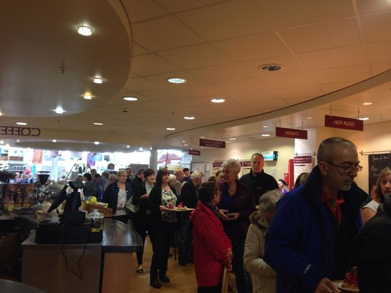 Dobbies Garden Center: 25 minutes for a cheese scone and coffee