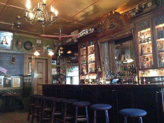 Liberty: bar
