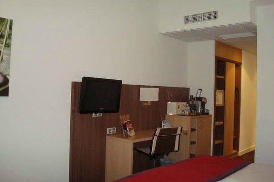 Quality Hotel Bordeaux Centre : Room
