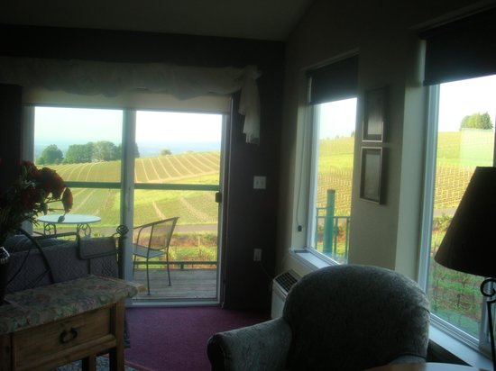 Wine Country Farm: View from the Oregon Suite