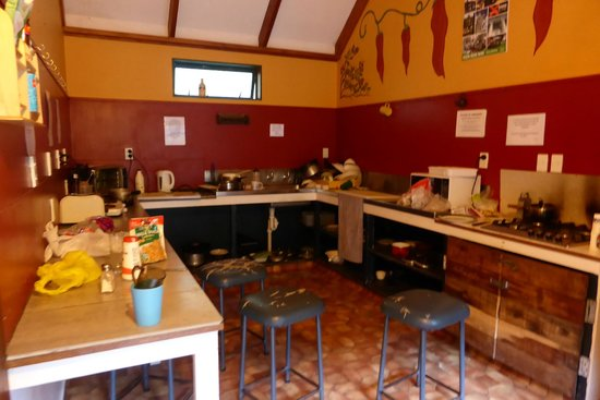 River Valley Lodge: Backpackers Kitchen