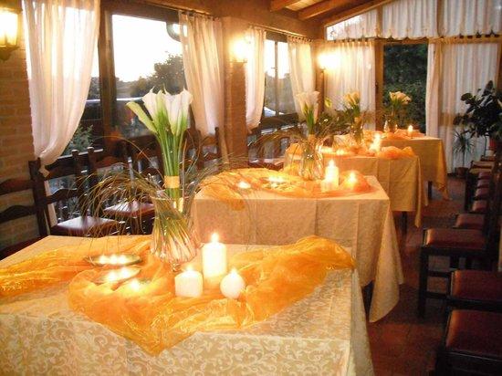 Hotel Tiziana: porticato
