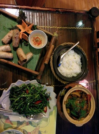 Orchid Cooking Class & Restaurant: Ha Noi rolls, fish, morning glory and rice - delicious.